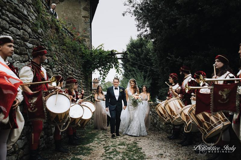tuscany castle wedding 57