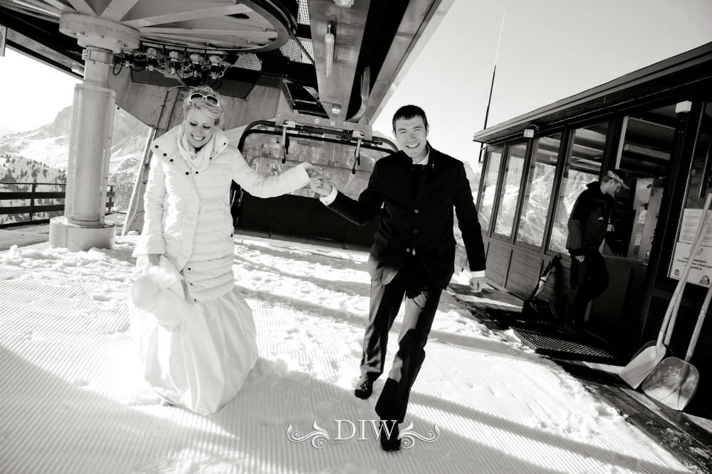 snow italy wedding couple