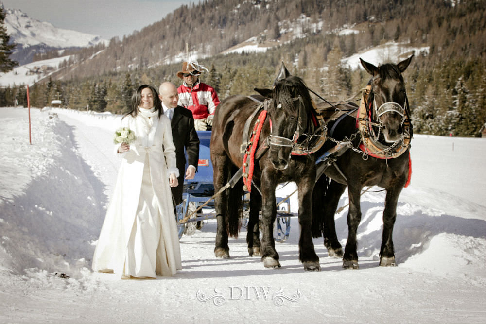 snow wedding in italy