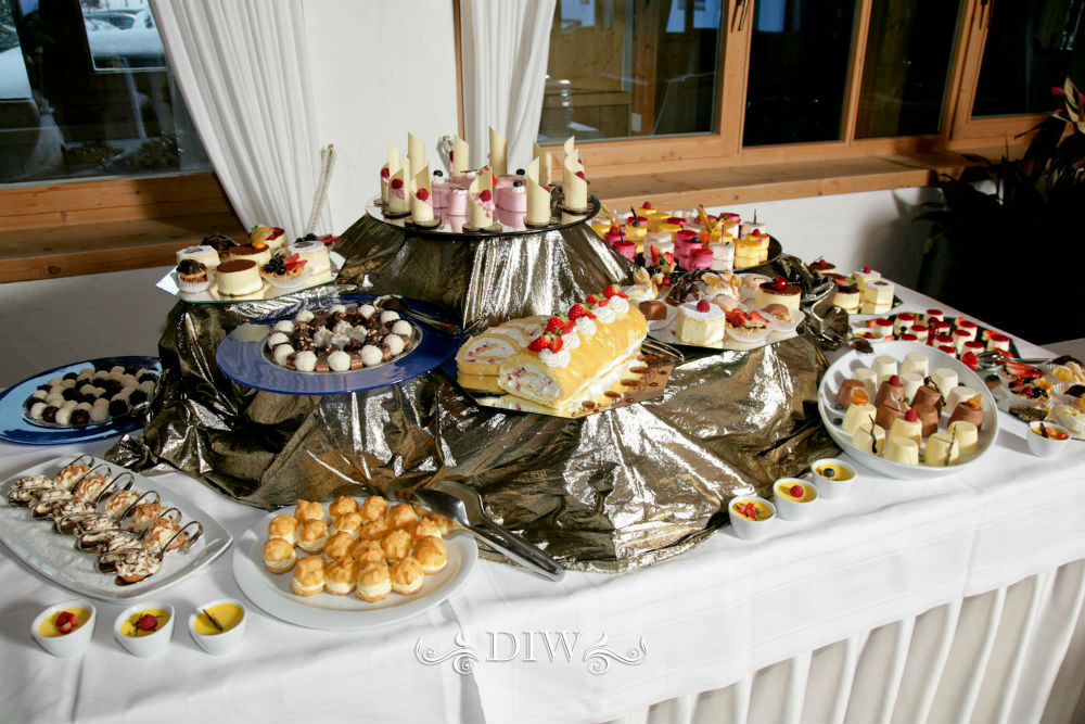 italian wedding reception buffet