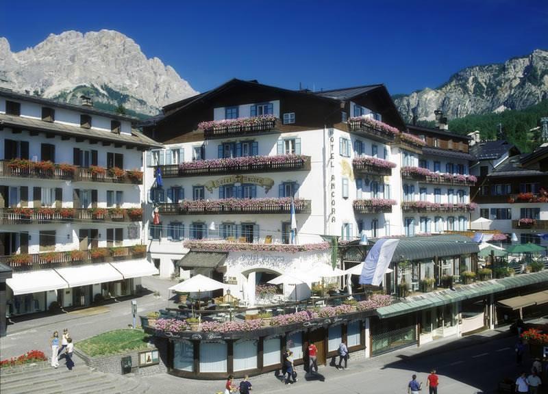 Cortina D'Ampezzo wedding chalet