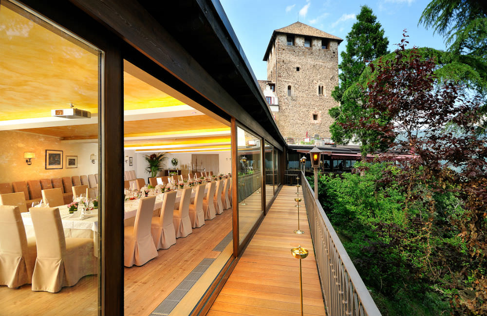 italian wedding reception tables