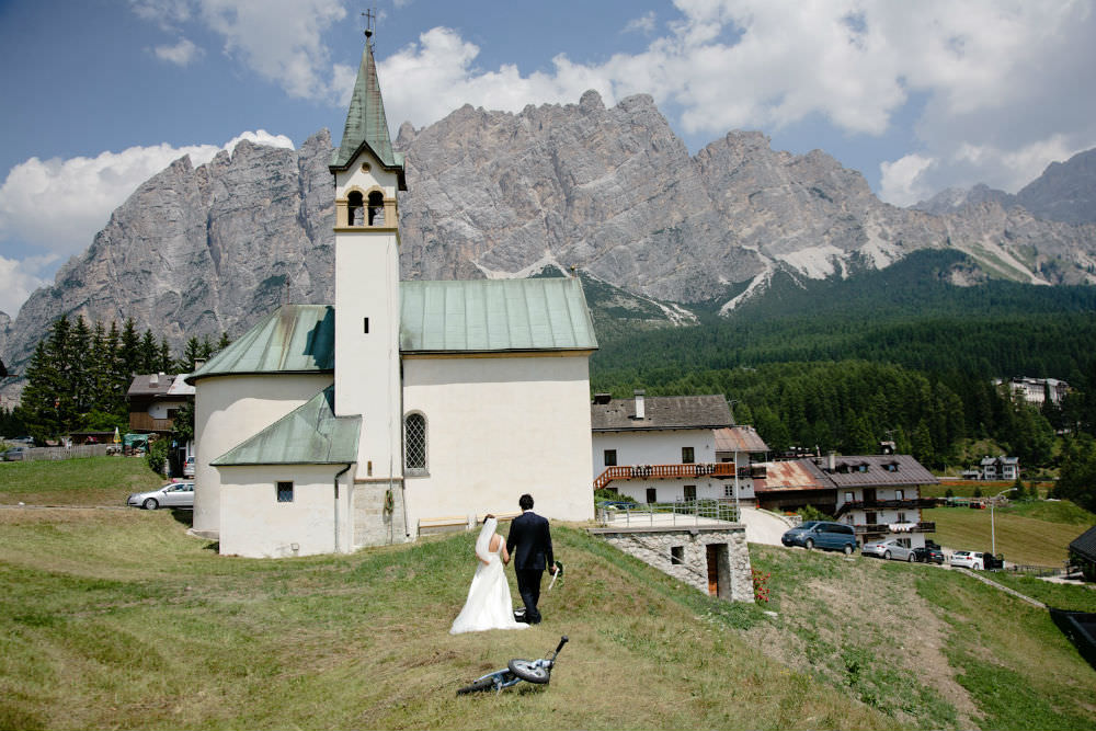 catholic wedding in italy couple