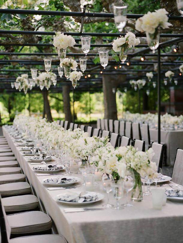 Tuscany_wedding_garden_table_setting