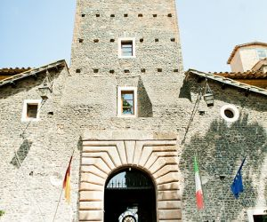 03-roman-wedding-castle-venue