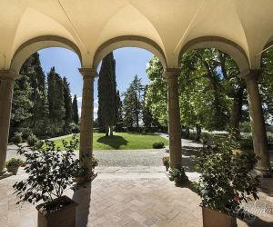 04-tuscany-wedding-villa