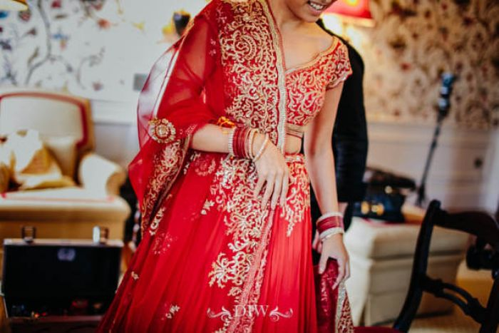 16 Indian wedding bride in Tuscany