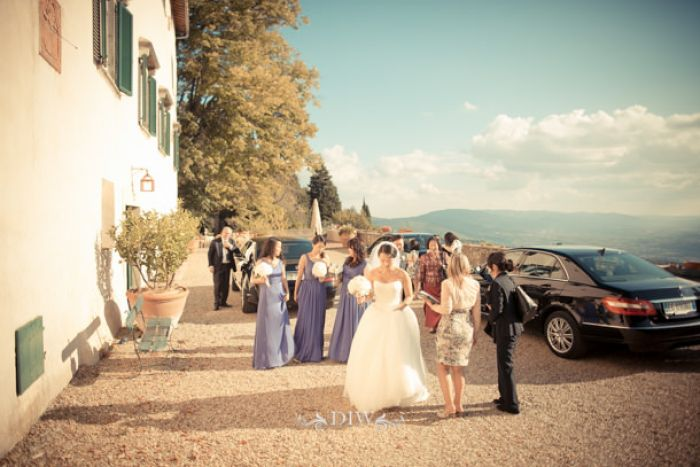 18 Tuscany wedding bridal arrival