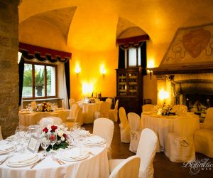 27-roman-wedding-castle-venue