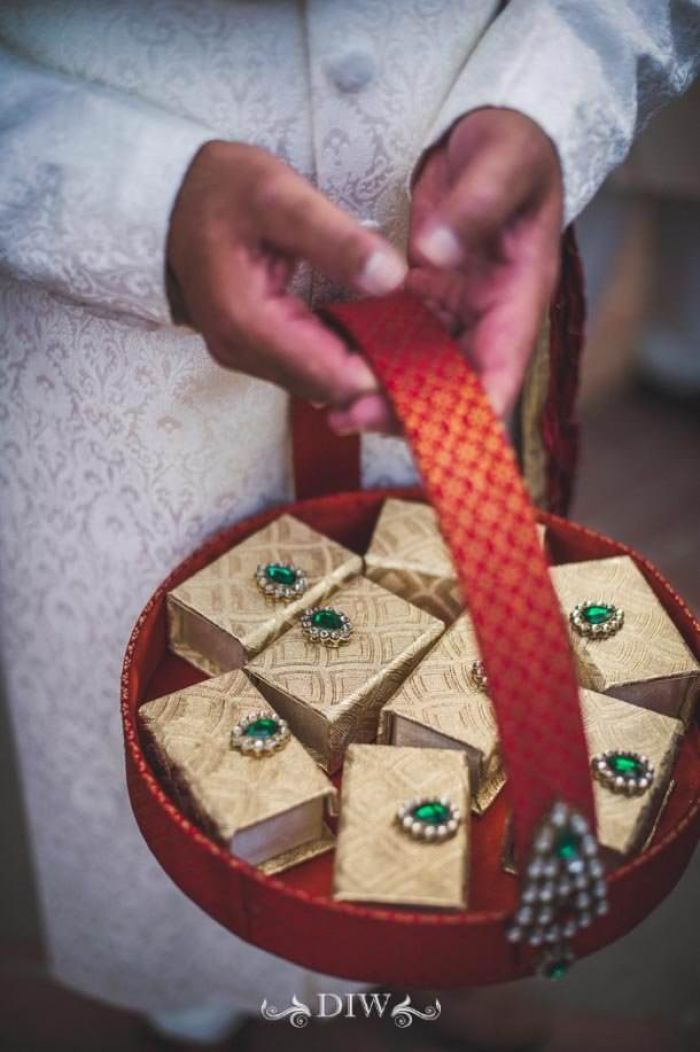 48 Indian wedding favors in Italy