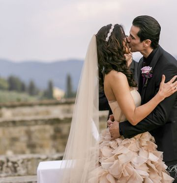 Rey and SamCastle wedding in Tuscany