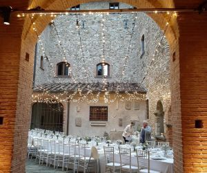 tuscany-wedding-castle-36