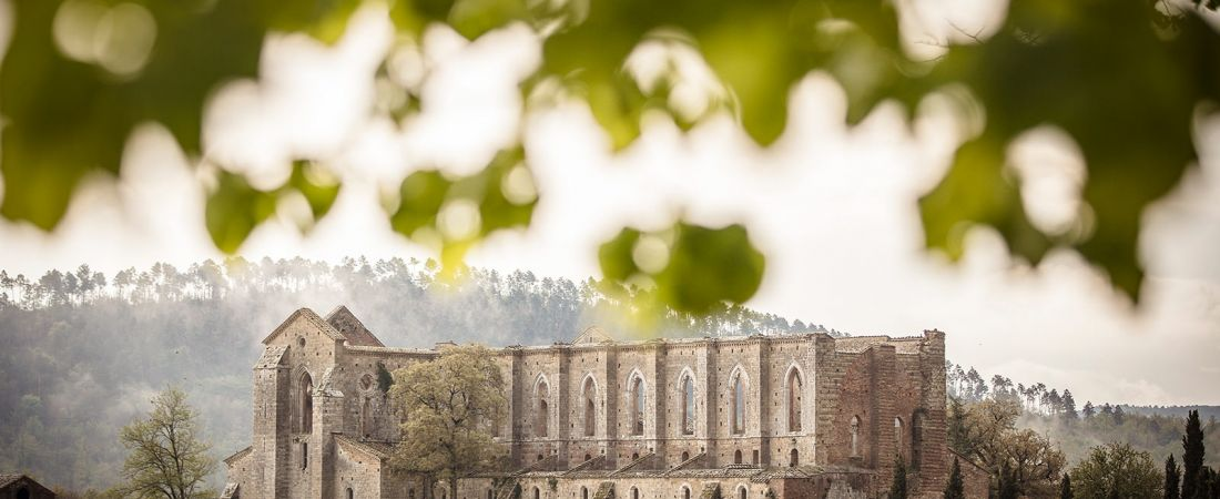 images/blog/01-san-galgano-wedding-in-tuscany.jpg